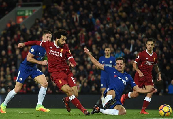 HLV Sarri sẽ tính bài thế nào trước Liverpool?