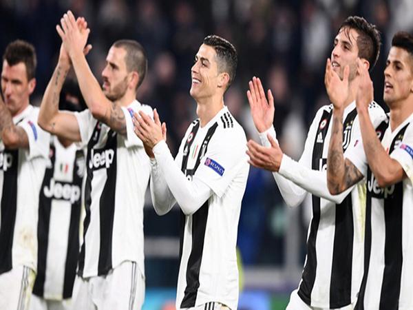 Fiorentina vs Juventus: Không thể cản Ronaldo và Juve