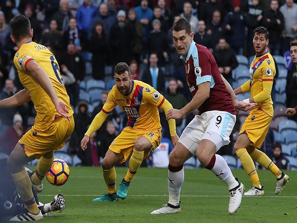 Nhận định Burnley vs Crystal Palace, 22h45 02/3