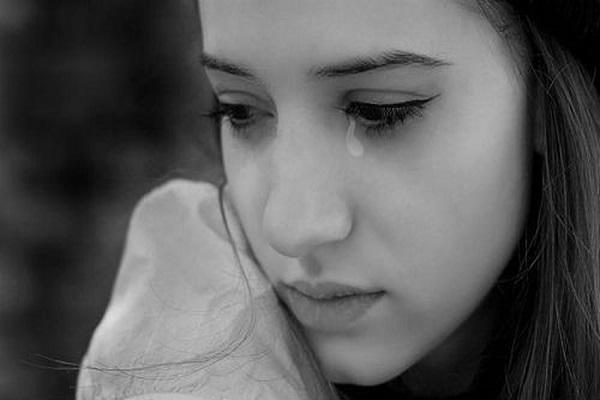Vì sao lại mơ thấy nước mắt?