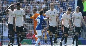 MU và Chelsea đấu súng, Arsenal lại run rẩy