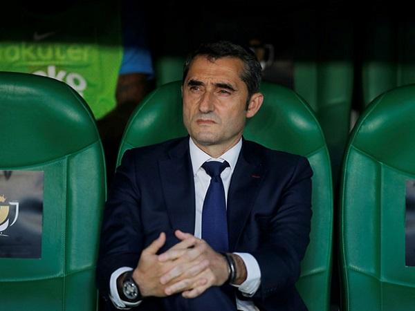 Barcelona lên tiếng về tin đồn sa thải HLV Valverde