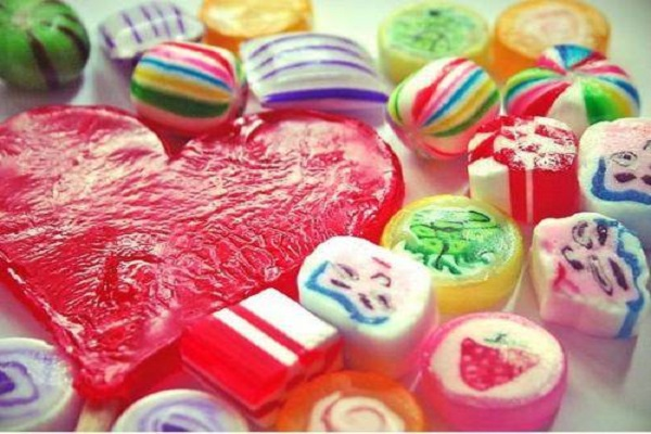 Mơ thấy bánh kẹo là điềm báo gì?