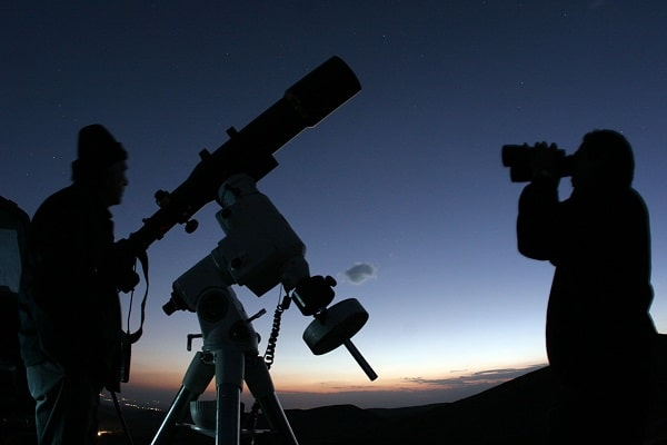 Điềm báo trong giấc mơ thấy kính viễn vọng