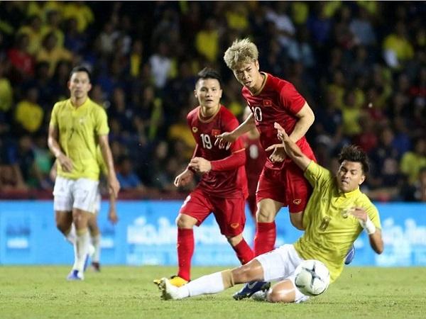 Đội bóng Pháp lo lắng khi Công Phượng chưa sang thử việc