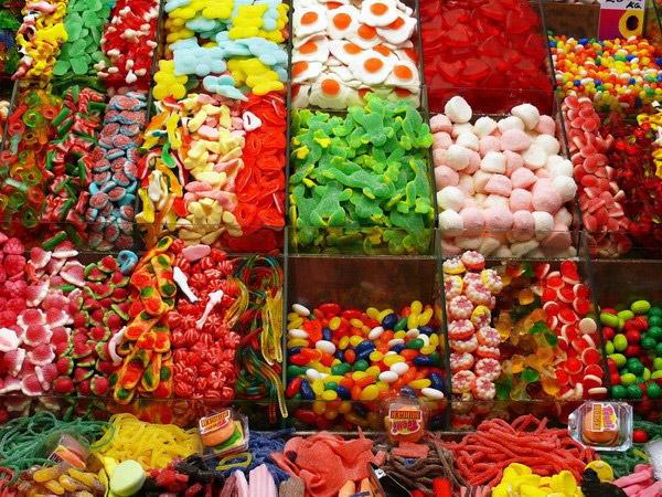 Mộng mơ thấy bánh kẹo và những con số đề bí ẩn trong giấc mơ
