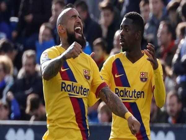 Arturo Vidal tỏa sáng giúp Barcelona thắng nhọc Leganes