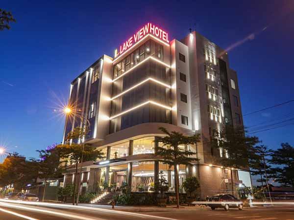 Mơ thấy khách sạn – Giải mã điềm báo giấc mơ thấy khách sạn