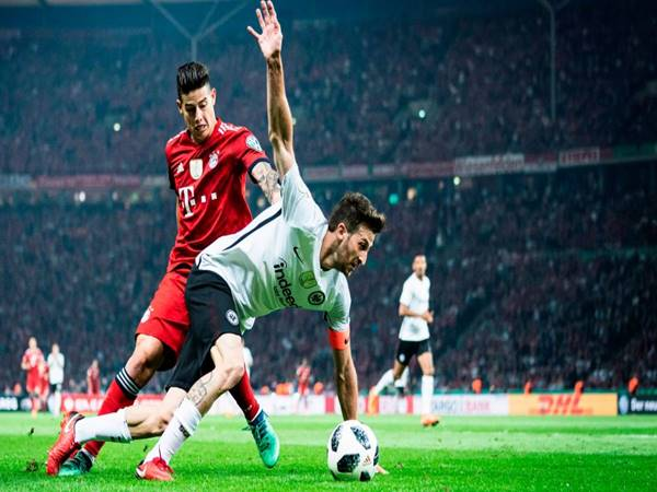 Nhận định Eintracht Frankfurt vs RB Salzburg (00h55 ngày 21/2)