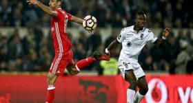 Nhận định Benfica vs Vitoria Guimaraes (3h30 ngày 15/7)