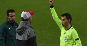 Tin bóng đá 4/11: Lý do HLV Jurgen Klopp phải nhận thẻ vàng