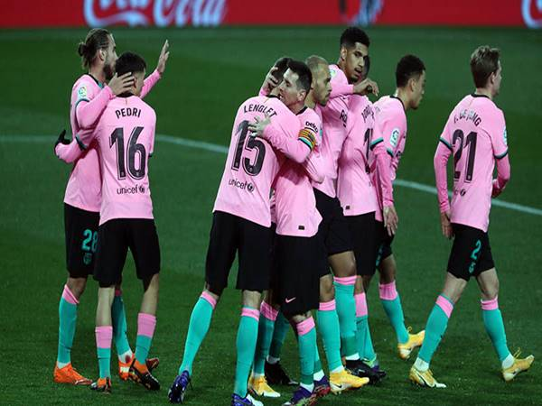 Nhận định bóng đá Granada vs Barcelona (00h30 ngày 10/1)