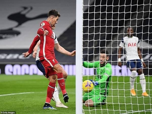 Tin bóng đá 29/1: Liverpool trở lại Top 4 sau khi đánh bại Tottenham