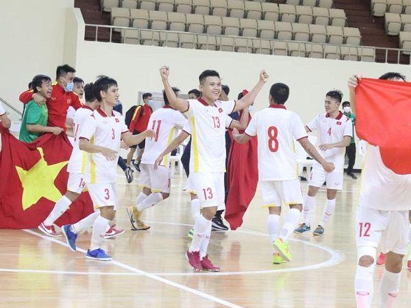 Bóng đá Việt Nam 5/8: Futsal Việt Nam giữ hạng 43 thế giới